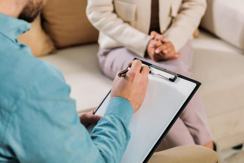 Бажаєш записатися на прийом до психолога в Запоріжжі в клініці «FreshMed»?